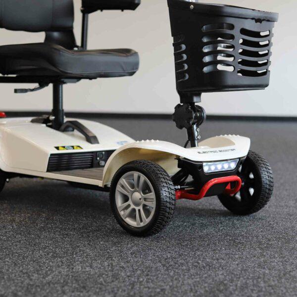kleines Elektromobil für Senioren: Seitliche Ansicht